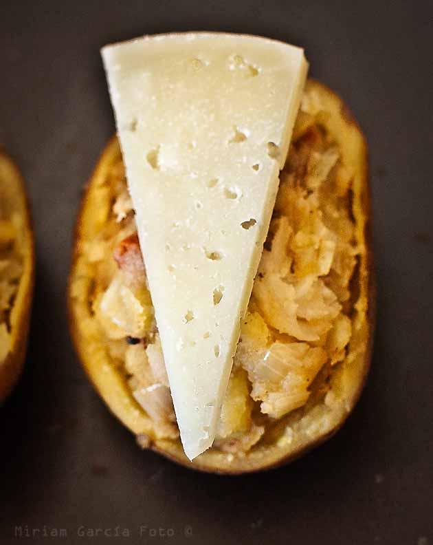 Patatas rellenas cocido