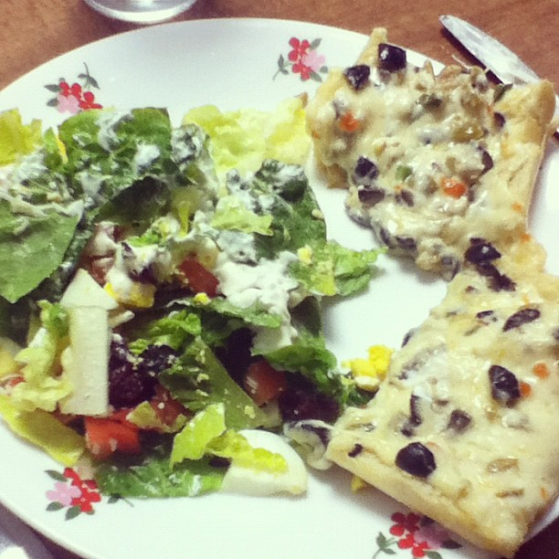 Salad and @thepioneerwoman's Olive Cheese Bread for dinner!