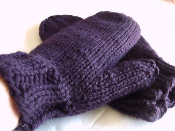 Knitting Mittens With Magic Loop : Magic loop mittens make a comeback