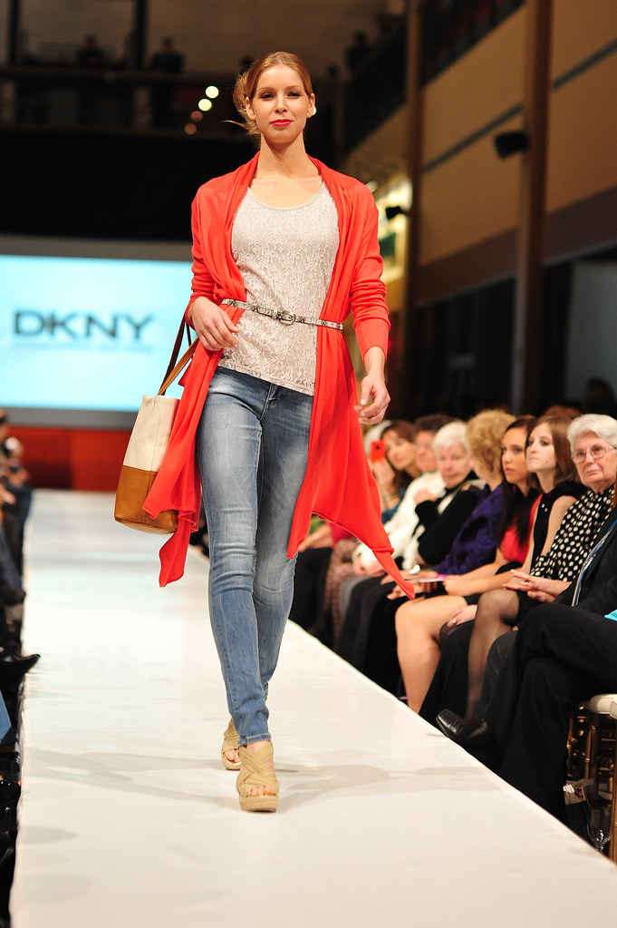 Sands_Fashion_show_Terree_Yeagle063