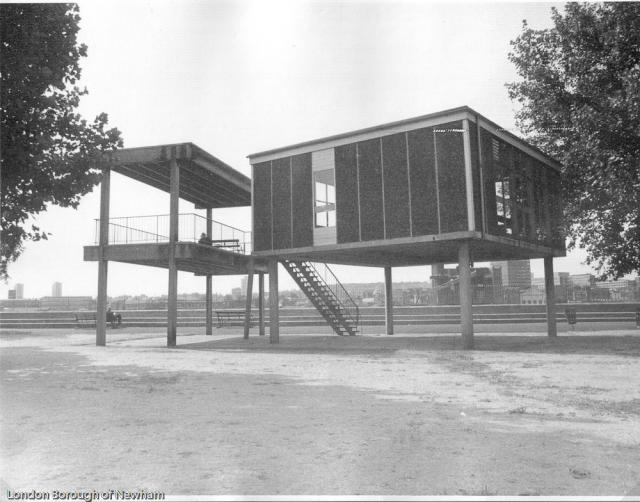 royal vic gardens viewing platform_1976