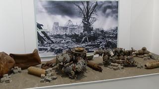 Kriegsende: zerschossener Reichstag