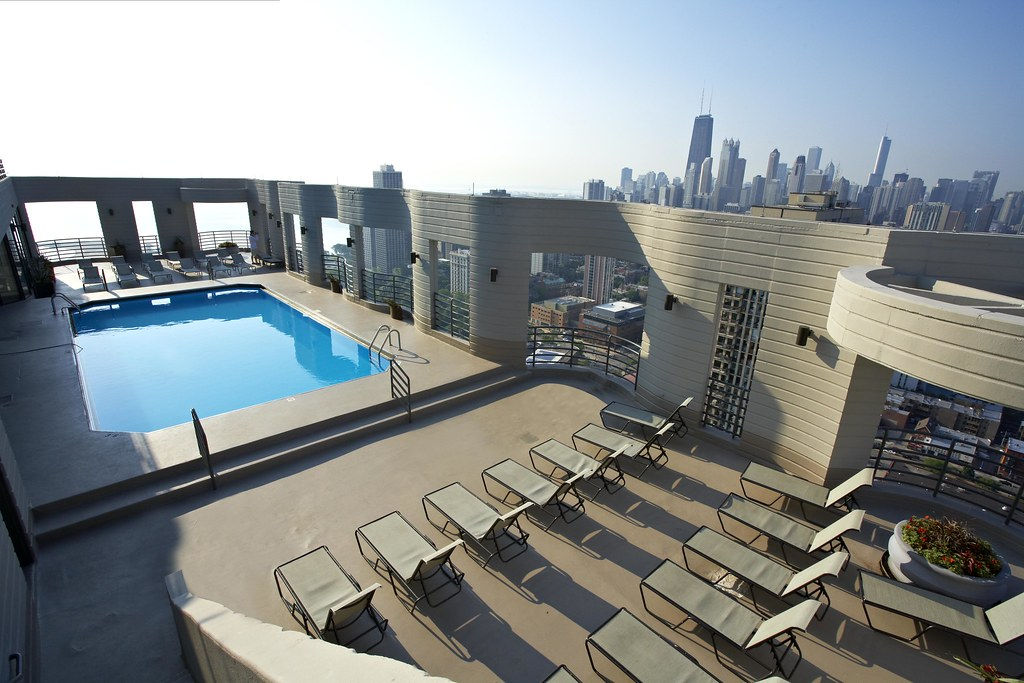 Infinity Pool Chicago infinity pool chicago rejuvenate in style with an ensuite