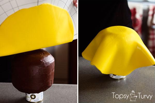 lego-head-cake-tutorial-covering-fondant