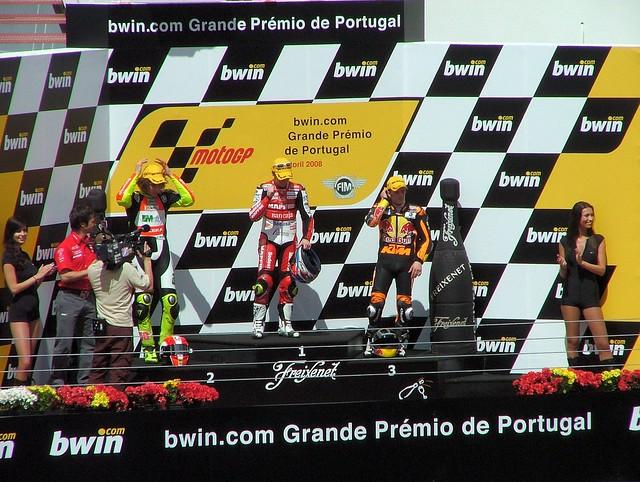 Motogp estoril portugal flickr photo sharing for Finepix s5000 prix