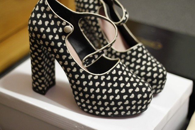 pin up shoes (3) (Copier)   Florence Mary   Flickr
