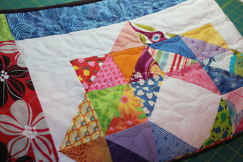 Scrapbuster Swap quilt using scrappy depression blocks is finished!