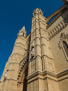 תמונה של Palma Cathedral ליד פלמה דה מיורקה. spain europe espana mallorca majorca palmademallorca balearicislands fujifilmx20