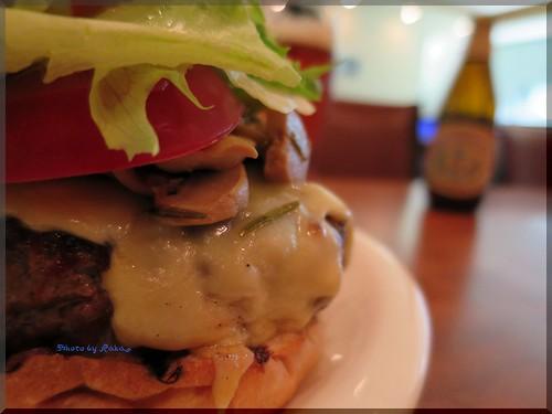 Photo:2014-04-09_ハンバーガーログブック_【神楽坂】Martini Burger (マティーニバーガー) 本格派NewYorkスタイルのダイナーに伺ってきたよ-04 By:logtaka