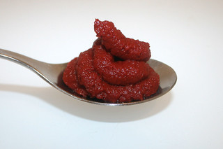 07 - Zutat Tomatenmark / Ingredient tomato puree