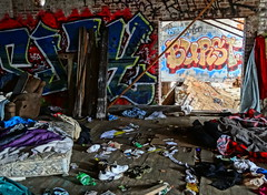 graffiti SJAY BURST between rooms.jpg