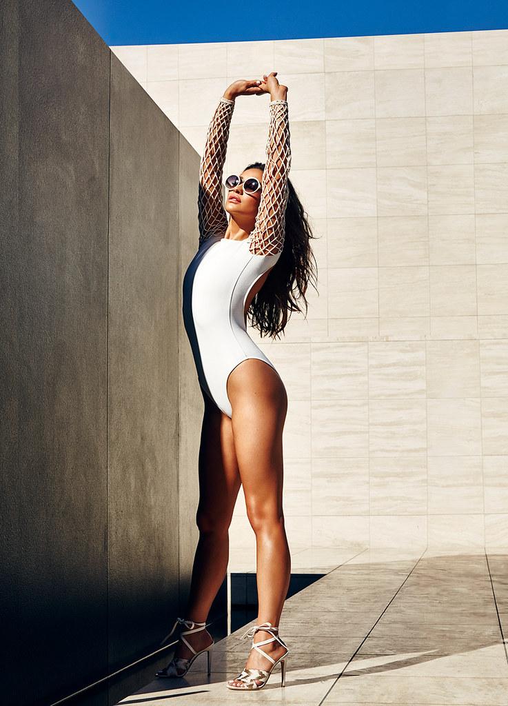 Шей Митчелл — Фотосессия для «Cosmopolitan» 2016 – 1