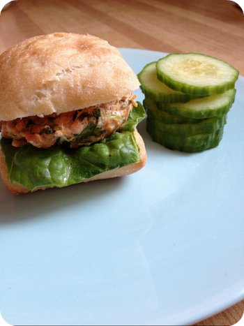 mini thai salmon slider