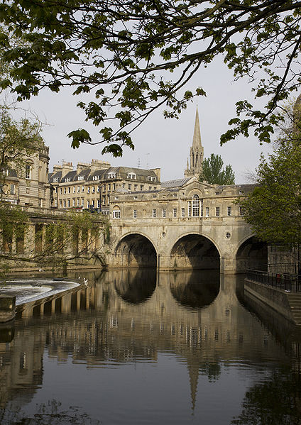 Pulteney Bridge, Bath by MichaelMaggs