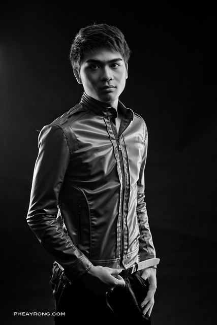 Portrait Photography, Black and white , B & W, Studio Photography, Penang Portrait Photographer, Malaysia Portrait Photographer, Black and white studio shoot, Studio Shot,