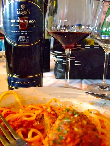 Barbadesco Wine with Spaghetti and Meatballs