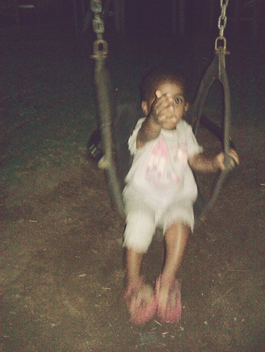 86/366: Thanda On The Swing