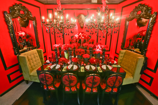 6906924849 f3973f087b z Always a Feast for the Eyes: DIFFA's Dining by Design