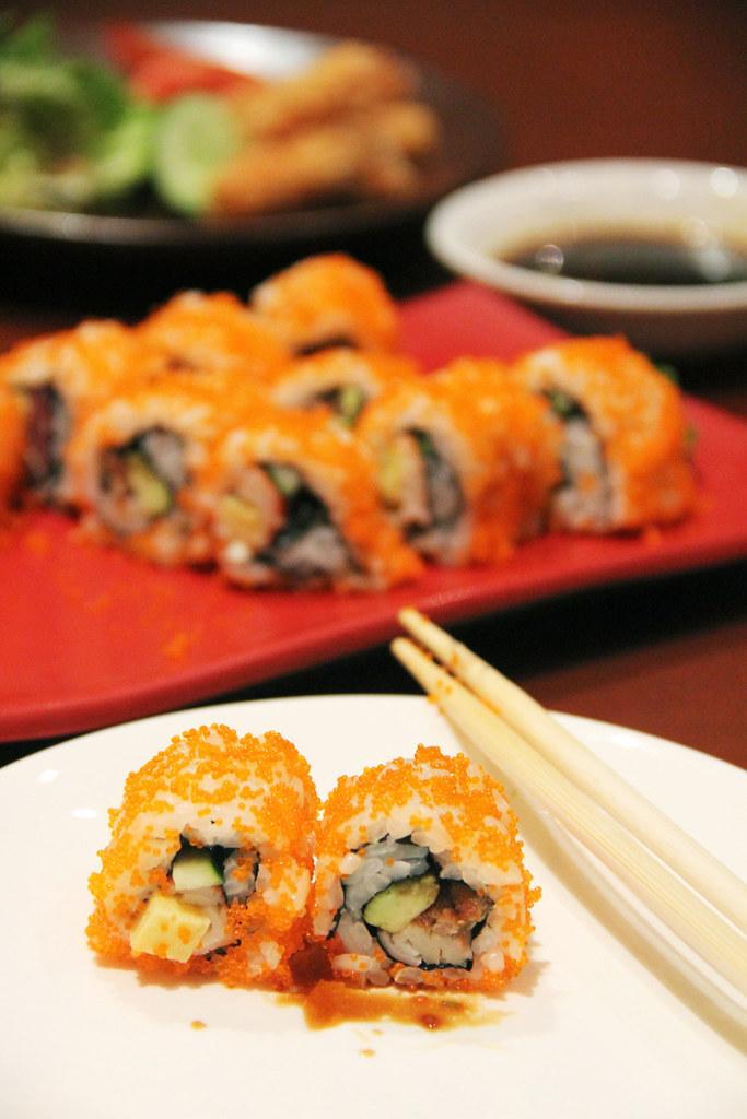 Spicy tuna hand rolls