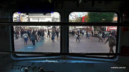 東急5000系電車(青ガエル)@渋谷駅前