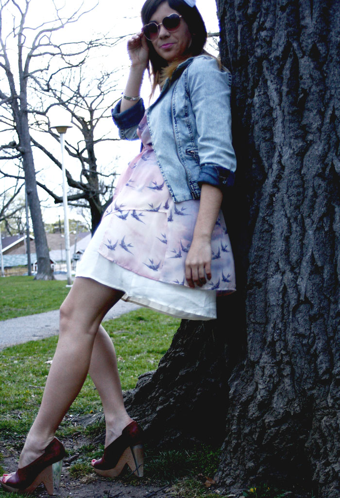 bird print dress, lucite heels, lucite chloe wedges, h&m denim jacket, aldo heart shaped sunglasses, avian frock, tabula rasa toronto