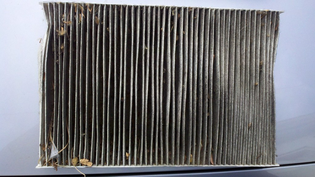 Ac Diode likewise A Cf B likewise Fa D in addition Dsc besides Sku. on 2012 nissan sentra cabin air filter location