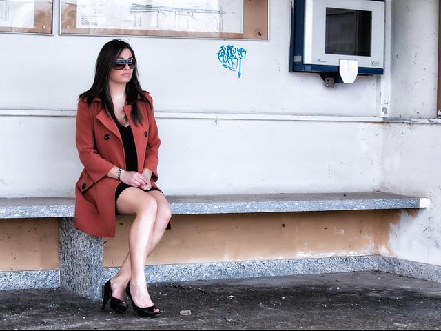 The girl with the orange coat - 04