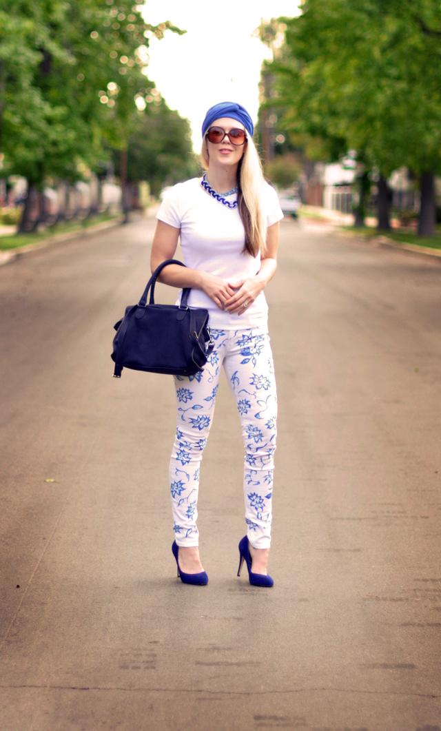 floral print jeans  -  blue white  accessories