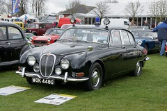 executive car(0.0), jaguar xk150(0.0), convertible(0.0), sports car(0.0), automobile(1.0), daimler 250(1.0), jaguar mark 2(1.0), vehicle(1.0), automotive design(1.0), jaguar mark 1(1.0), mitsuoka viewt(1.0), antique car(1.0), sedan(1.0), classic car(1.0), vintage car(1.0), land vehicle(1.0), luxury vehicle(1.0), jaguar s-type(1.0),