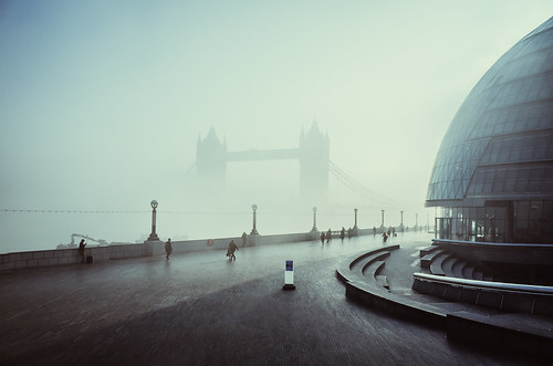 Morning fog, Tower Bridge