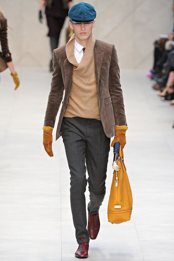 FW12 London Burberry Prorsum005_Charlie Frnace(VOGUE)