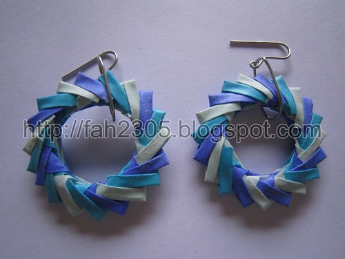 Paper Jewelry - Handmade Origami Wreath Earrings (Blue) by fah2305