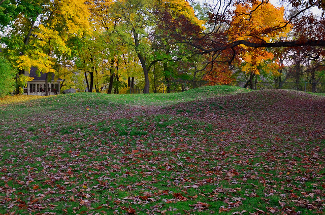 Effigy Mounds by CC user rahimageworks on Flickr