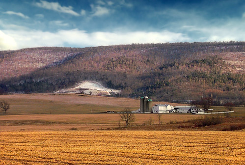 winter sky mountain clouds barn rural landscape pennsylvania farm valley creativecommons fields silos endlessmountains bradfordcounty granvilletownship