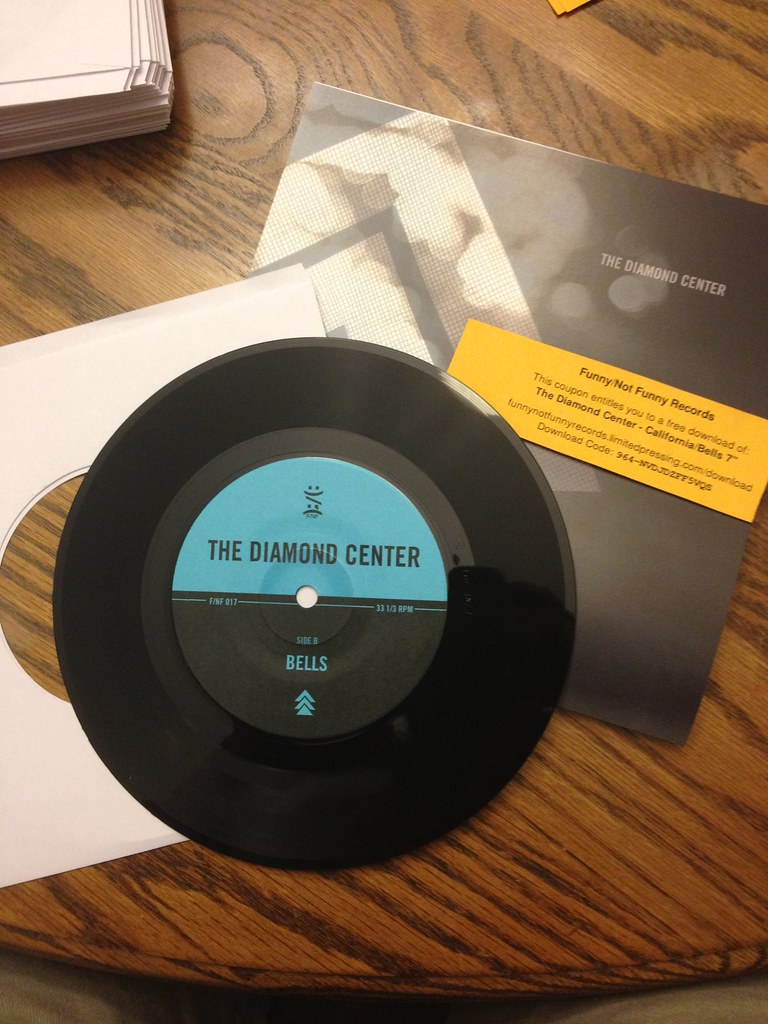 The Diamond Center 7""