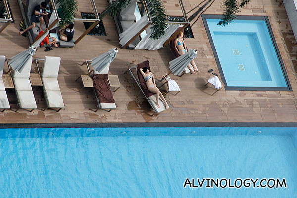 View of the swimming pool floor from the rooftop