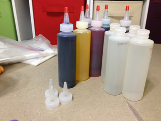 Mixing Colorhue dyes for bread bag dying