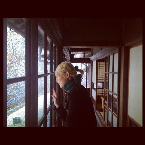岡本太郎美術館の隣の日本民家園もやばい。なんだこれ。