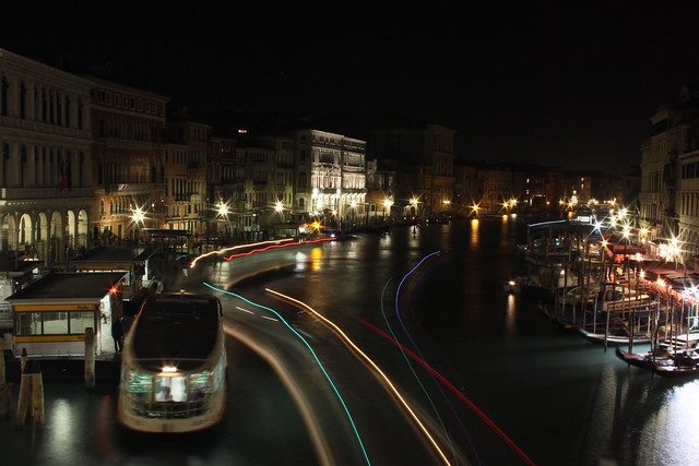 Lightstreams from the Rialto