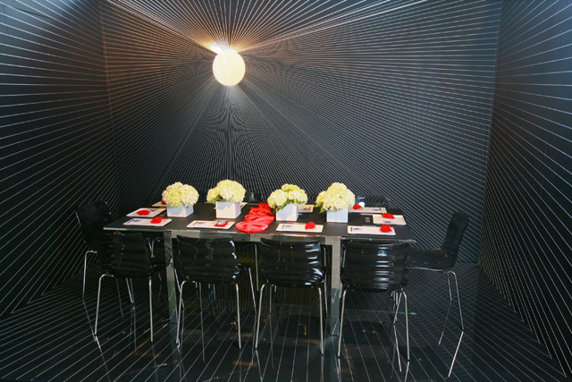 6906926631 63a4858295 z Always a Feast for the Eyes: DIFFA's Dining by Design