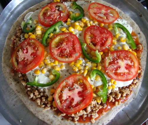 vegan pizza com tofupiry