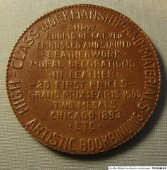Georg Hulbe leather medal rev