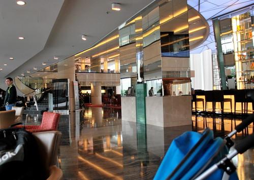 Hongkong Skycity Marriott Hotel Lobby2