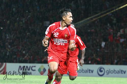 Ugiex (2 goals)