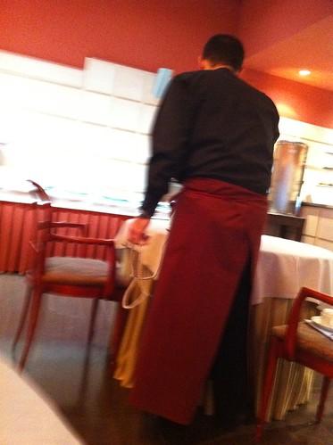 Vitoria | Gran Hotel Lakua | Planchando la mesa