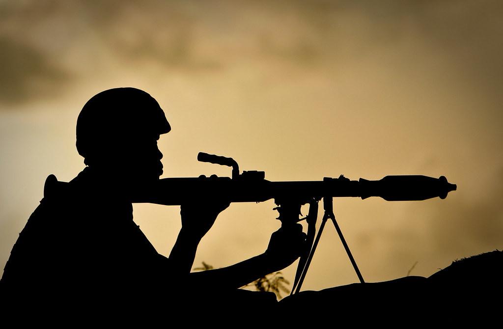Armée Ougandaise/Uganda Peoples Defence Force (UPDF) - Page 2 6997958150_c3c6ca932b_b