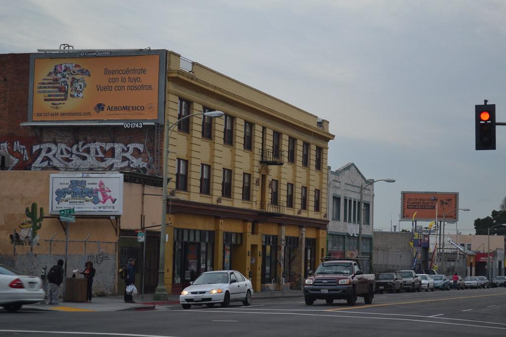 RESEK, MTA, Oakland, Graffiti, Street Art, Rooftop,