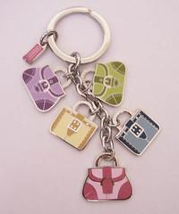hand(0.0), keychain(1.0), font(1.0), chain(1.0), pink(1.0),