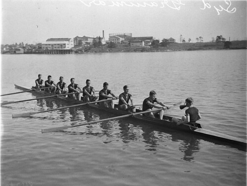 Sydney Grammar School's eight-oar-crew, Putney, Sydney, ca. 1932 / photographer Sam Hood