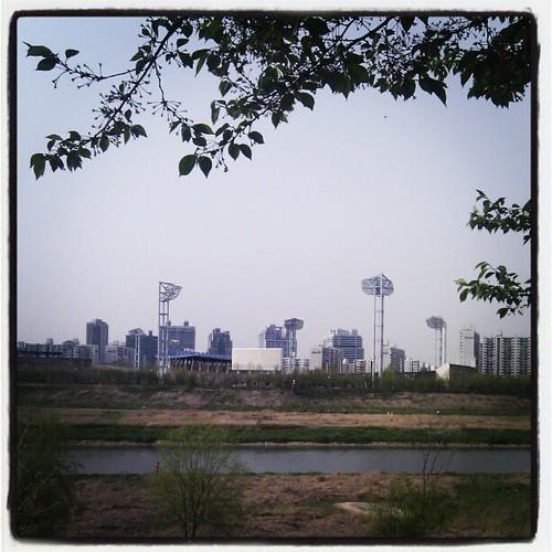 At 목동야구장 (Mokdong Baseball Stadium)
